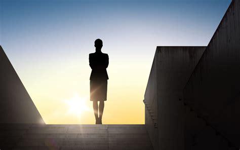 reasons  women  great leaders mindspring metro dc
