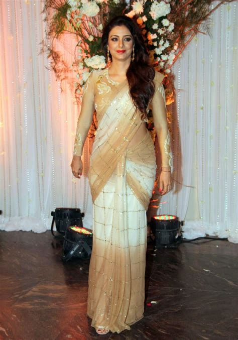 bipasha basu wedding   reception pics keralacom