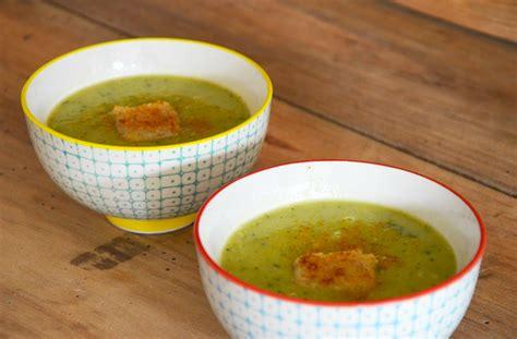 soupe de courgette au curry 224 servir chaud ou froid cuisine