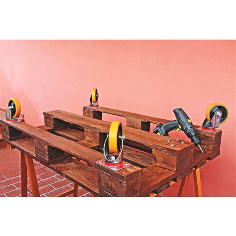 Costruire Un Tavolo Coi Bancali by Tutorial Per Realizzare Un Tavolo Di Pallet By
