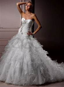 full ball gown wedding dresses with sweetheart neckline With sweetheart neckline ball gown wedding dress