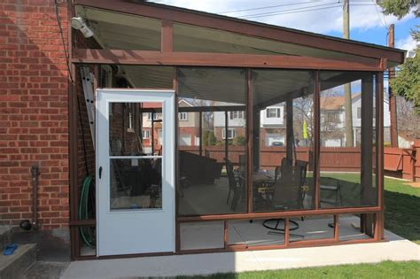 Enclosed Patio by Diy Enclosed Patio Garden Patio Enclosed