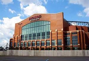 Lucas Oil Stadium Images