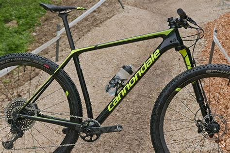 cannondale introduces new f si race hardtail bicycling cannondale f si lefty ocho carbon xc mountain bike my19