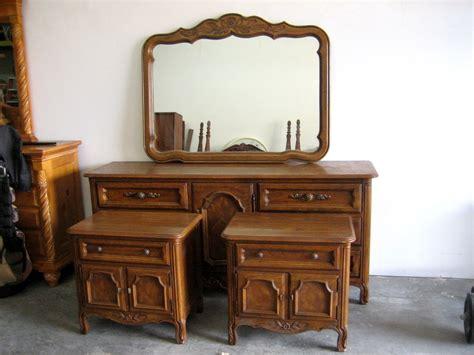 Drexel Bedroom Furniture by 4 Pc Vintage Drexel Heritage Cabernet Country