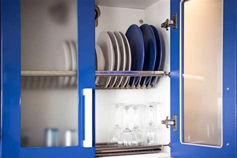 great kitchen cabinet ideas  displaying dishes elite kitchens