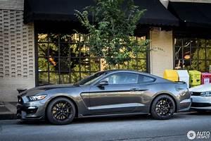 Ford Mustang Gt 2015 : ford mustang shelby gt 350 2015 4 august 2016 autogespot ~ Medecine-chirurgie-esthetiques.com Avis de Voitures