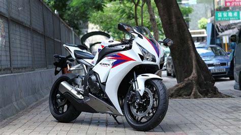 Honda Cbr 1000 Rr 2012 Slike Wallpaper 1366x768