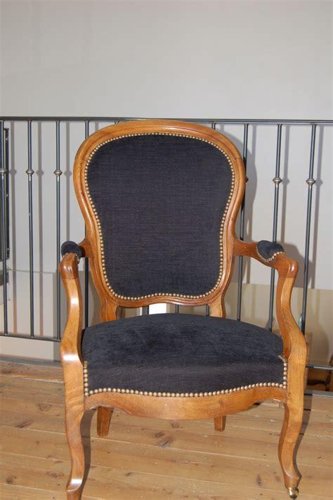 fauteuil cabriolet de style louis philippe photo de realisations voltaire et cie