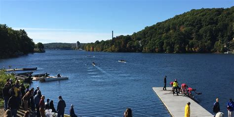 Boat R Lake Quinsigamond by