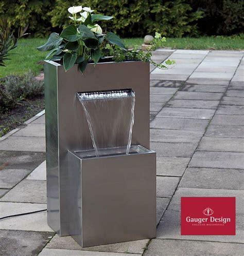Springbrunnen Für Terrasse by Edelstahlbrunnen Samira F 252 R Terrasse Oder Garten Hlr