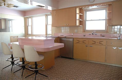 This 50yearold Kitchen Hasn't Been Touched Since The 1950s