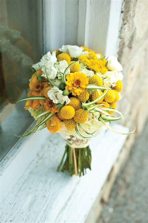 wedding wednesday yellow flowers flirty fleurs