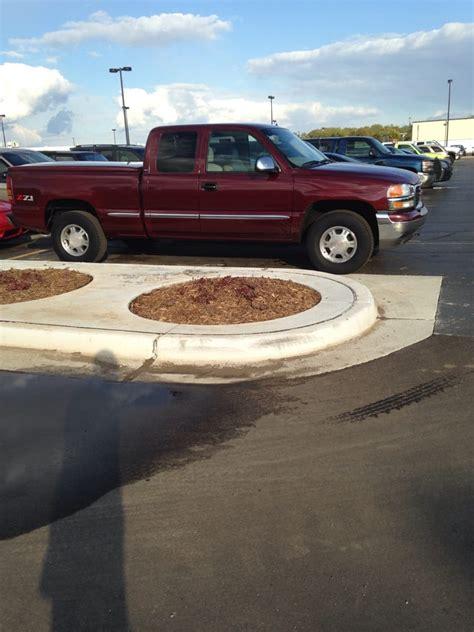 Sundance Chevrolet  Car Dealers  5895 E Saginaw Hwy
