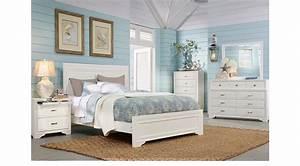 Belcourt White 7 Pc King Panel Bedroom  9 Drawer Dresser