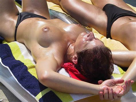 Semi Nude Couple Loves The Warm Weather Naked Girlsnaked