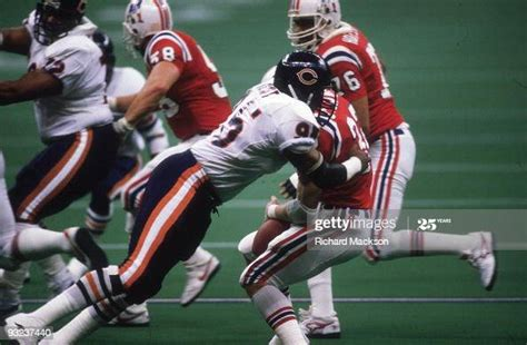 Chicago Bears Richard Dent In Action Tackle Vs New