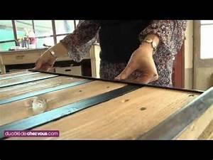 Comment Fabriquer Une Table De Ferme En Bois : fabriquer une table basse avec une palette youtube ~ Louise-bijoux.com Idées de Décoration