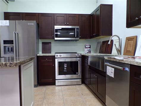 10 x 10 kitchen cabinets kitchen remodeling packages 10k cabinets 7260