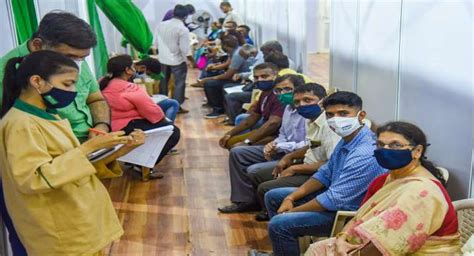 Health Minister Harsh Vardhan says no shortage of vaccine ...