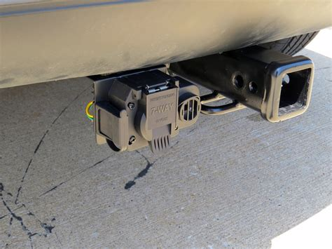 truck to trailer wiring curt trailer connector for ford and gm trucks backup
