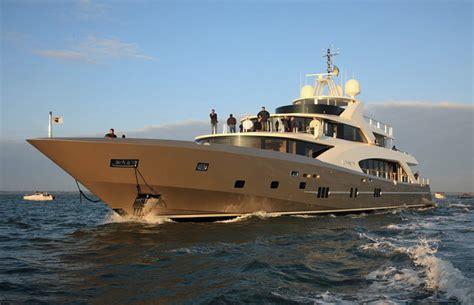 bureau veritas yachts couach fait premier pas dans la cour des