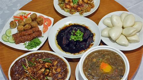 get a taste of traditional singapore visit singapore