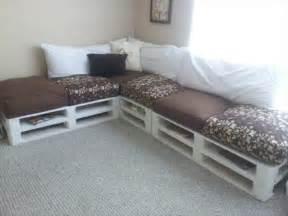 sofa aus paletten bauen diy sofas aus europaletten 13 thematische bastelideen