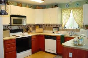 themes for kitchen decor ideas design inspiration pictures clean and simple kitchen decorating ideas