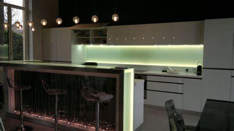 eclairage led cuisine plan de travail eclairage pour cuisine clairage cuisine cuisine