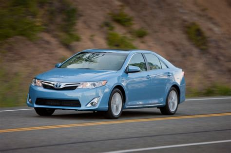 Toyota Camry Hybrid Image by 2012 Toyota Camry Hybrid Xle In Clearwater Blue Metallic