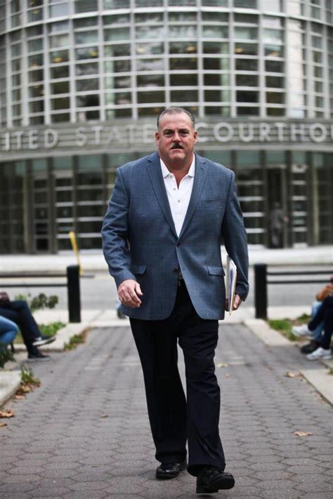 exclusive cops accused  corruption set detective