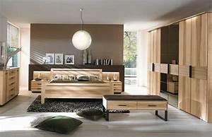 Schlafzimmer Komplett Holz : schlafzimmerm bel ein zentraler punkt deko im schlafzimmer ideen ~ Indierocktalk.com Haus und Dekorationen