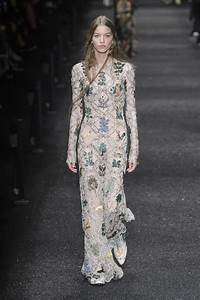 Alexander McQueen, Fall 2017 - Wedding Worthy Dresses From ...