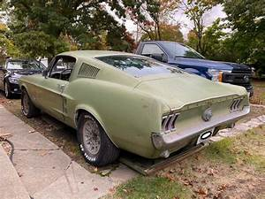 1967 Ford Mustang Fastback 390 S Code 4 Speed Deluxe