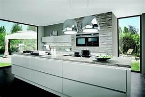 Nobilia glanzende perspektiven kuche lux 819 lack for Nobilia küche