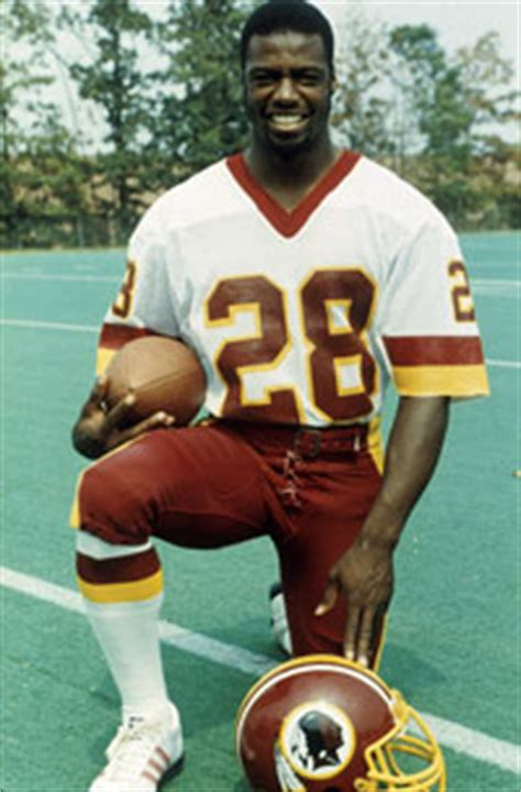 nfl hall  famer darrell green hosts  annual