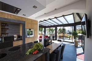 Salon De Veranda : cuisine dans une v randa tout ce qu il faut savoir tryba le v randier ~ Teatrodelosmanantiales.com Idées de Décoration