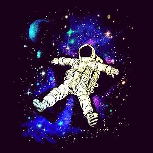 Trippy Astronaut Drawing - Pics about space