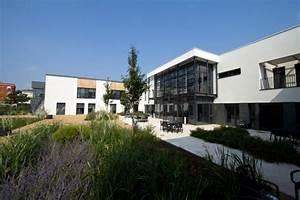 Jean courjon atelier didier dalmas architectes associes a lyon for Surface d une maison 3 jean courjon atelier didier dalmas architectes associes 224 lyon
