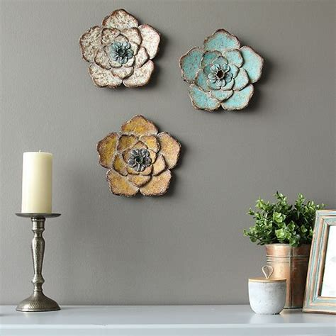 Lavish home metal wall art 3 piece set hand painted 3d nature butterflies for modern farmhouse rustic home or office decor, 3 count 4.8 out of 5 stars 292 $18.28 $ 18. Stratton Home Decor Rustic Flower Wall Decor 3-piece Set
