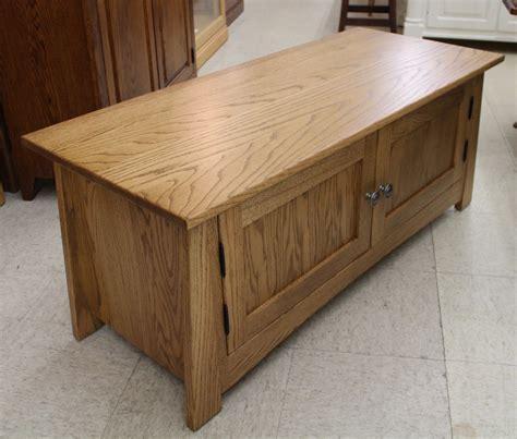2 door coffee table craftsmen 2 door coffee table amish traditions wv