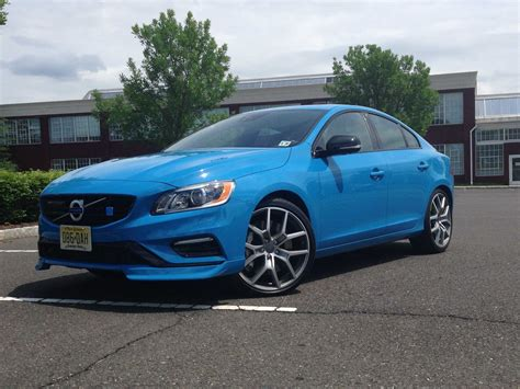 heres  volvo    compete  high performance