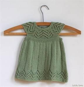 patron tricot gratuit robe bebe modeles tricot With patron robe bébé gratuit
