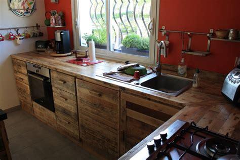 cuisine palette cuisine en palette bois bricolage maison et décoration