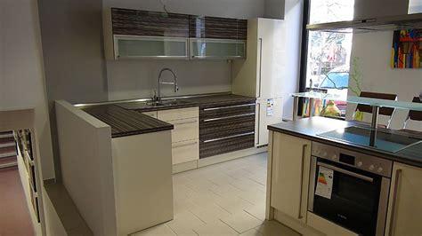 Apéro Küchen-musterküche Moderne L-küche Mit Halbinsel Bzw