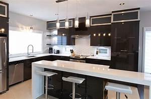Photo De Cuisine : cuisine chic avec portes de stratifi au fini lustr et ~ Premium-room.com Idées de Décoration