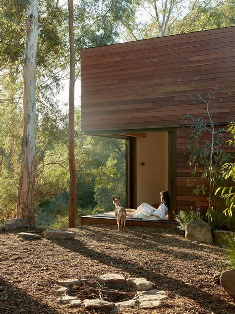 Edgars Creek House by Breathe Architecture | est living