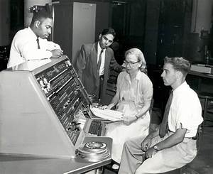 Grace Hopper at Univac I console | 102741216 | Computer ...