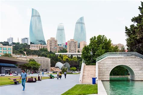 It lies on the western shore of the caspian sea on the southern side of the abseron peninsula, around the wide curving sweep learn more about baku, including its history. Places to visit in Baku - What you should know | Silk Road ...